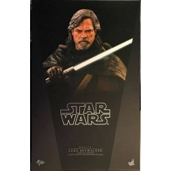 Hot Toys Star Wars: The Last Jedi 1/6 Scale Luke Skywalker Deluxe Version (FREE shipping)